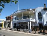 Alexandra / Commercial centre and shops / Mount Pleasant Hotel, Grant St