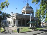 Bendigo / Pall Mall and attractions / R.S.L. Military Museum