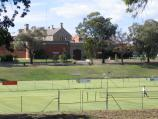 Bendigo / Recreational precinct around Park Road and Barnard Street / View across tennis courts from Barnard St