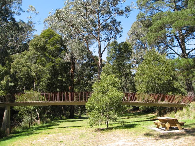 Blackwood Park: Travel Victoria: Accommodation