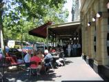 Carlton / Lygon Street, commercial centre and restaurants / Outdoor dining at the University Cafe, Lygon St between Grattan St and Faraday St