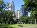 Carlton / Carlton Gardens / View south across gardens towards buildings on Victoria St