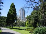 Carlton / Carlton Gardens / View across lake near Rathdowne St and Victoria St