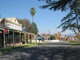 Corryong / Shops and commercial centre, Hansen Street / Corryong Country Inn, view south-west along Towong Rd service road towards Donaldson St