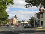 Creswick / Commercial centre and shops / View south along Albert St at Victoria St towards The British Hotel