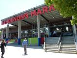Dandenong / Dandenong Market, Clow Street / Steps at main entrance to market