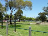 Dandenong / Pioneer Memorial Gardens, Stuart Street / Southerly view through gardens from King St