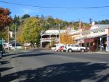 Daylesford / Commercial centre and shops / View east along Albert St towards Vincent St