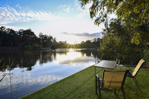 Goolwa Spa & River Retreat, Torrumbarry