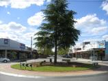 Echuca / Commercial centre and shops around Hare Street area / View north along Hare St at Pakenham St