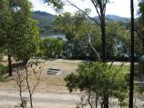 Eildon / Southern side of Goulburn River, 2 kilometres south-west of town centre / View north through picnic area towards river