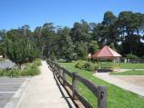 Emerald / Puffing Billy playground and park, Kilvington Drive / View south through park along Kilvington Dr