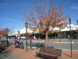 Euroa / Commercial centre and shops, Binney Street and Railway Street / View south along Binney St between Brock St and Railway St