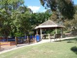 Frankston / Ballam Park / BBQ and picnic area at car park
