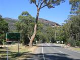 Halls Gap / Commercial centre and shops / View south along Grampians Rd towards Mt Victory Rd