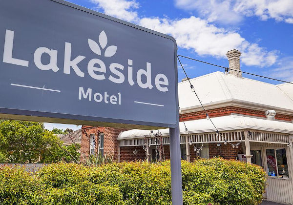 Hamilton Lakeside Motel