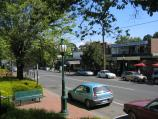 Healesville / Shops and commercial centre, Nicholson Street west of Badger Creek Road / View west along Nicholson St towards pedestrian crossing