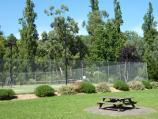 Healesville / Queens Park / Tennis courts
