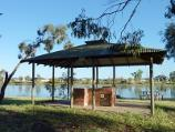 Horsham / Wimmera River at southern end of Eastgate Drive / BBQ shelter overlooking river