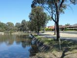 Horsham / Wimmera River at Boat Haven and River Park, Barnes Boulevard / View east along Boat Haven and Barnes Bvd