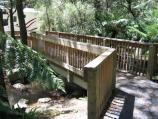 Kallista / Beagleys Bridge, Perrins Creek Road / Footbridge over Sassafras Creek
