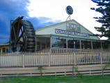 Lakes Entrance / Lake Tyers / Waterwheel Beach Tavern, eastern end of Lake Tyers Rd