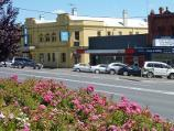 Lilydale / Shops and commercial centre, Main Street / View north across Main St towards Crown Hotel