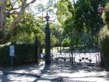 Melbourne / Royal Botanic Gardens / Entrance gate 'D', east end of Birdwood Av