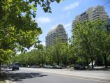 Melbourne / St Kilda Road / View north along St Kilda Rd between Louise St and Armadale Rd