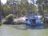 Mildura / Murray River in town / Houseboat on the river