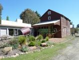 Moe / Gippsland Heritage Park, Lloyd Street / Livery stable