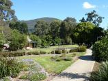 Montrose / Montrose Town Centre and gardens, Mt Dandenong Tourist Road / Pathway near Leith Rd