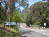 Montrose / Around Montrose / Montrose town sign, view south-east along Mt Dandenong Rd towards Bretby Way