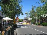 Moonee Ponds / Shops and commercial centre, Puckle Street and adjoining streets / View south along Pratt St towards Young St and supermarket