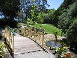 Mount Dandenong / Mount Dandenong Observatory - English Gardens / Footbridge