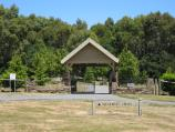 Mount Macedon / Memorial Cross, end of Cameron Drive / Information shelter at start of path to memorial cross