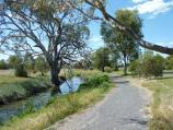 Natimuk / Lake Road along Natimuk Creek / View north-east along Natimuk Creek, Lake Rd south of Mitchell St