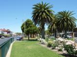 Nhill / Shops and commercial centre, Victoria Street and Nelson Street / View south-west along Victoria St through Goldsworthy Park, just south of Nelson St