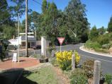 Noojee / Town centre, Bennett Street and Henty Street / View east along Mt Baw Baw Rd at Bennett St