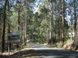 Noojee / Mount Baw Baw Road west of town / View east along Mt Baw Baw Rd towards Noojee town sign