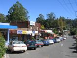 Olinda / Commercial centre and shops, Mt Dandenong Tourist Road at Ridge Road / Shops, view north along service road