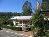 Olinda / Commercial centre and shops, Mt Dandenong Tourist Road at Ridge Road / Wild Oak Restaurant, view east along Ridge Rd towards Mt Dandenong Tourist Rd