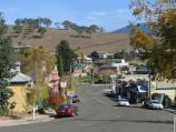 Omeo / Commercial centre and shops / View south along Day Av between Botany St and Short St