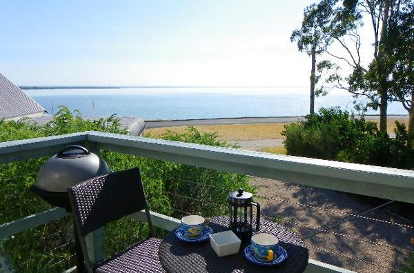 Beachside Loft at Eagle Bay, Eagle Point