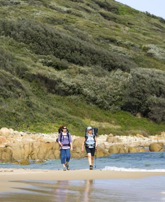 Croajingolong National Park - Walking along beach