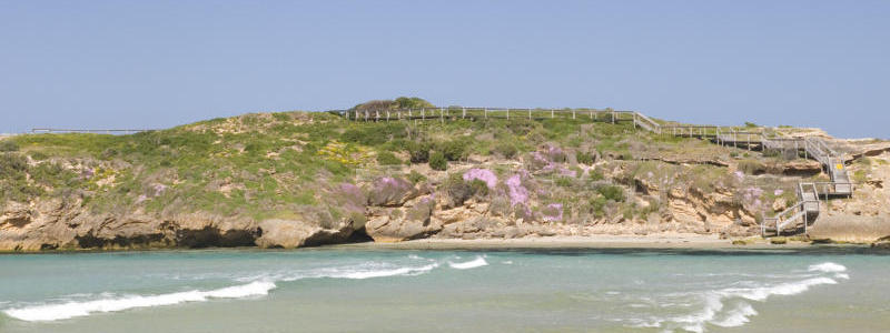 Beyond the Great Ocean Road - Coastline around Warrnambool