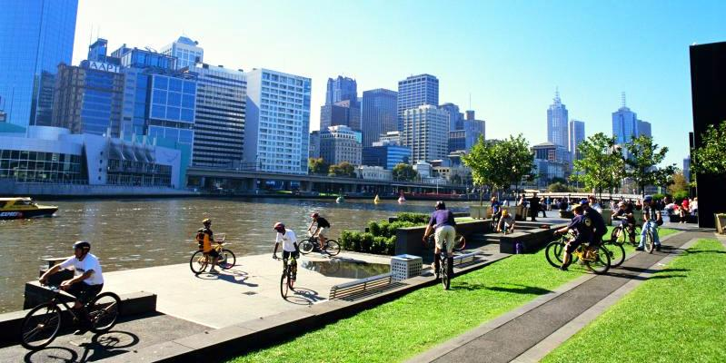 Melbourne City - Cycling along the Yarra River at Southbank