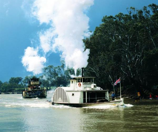 Murray River - Paddle steamers at Echuca