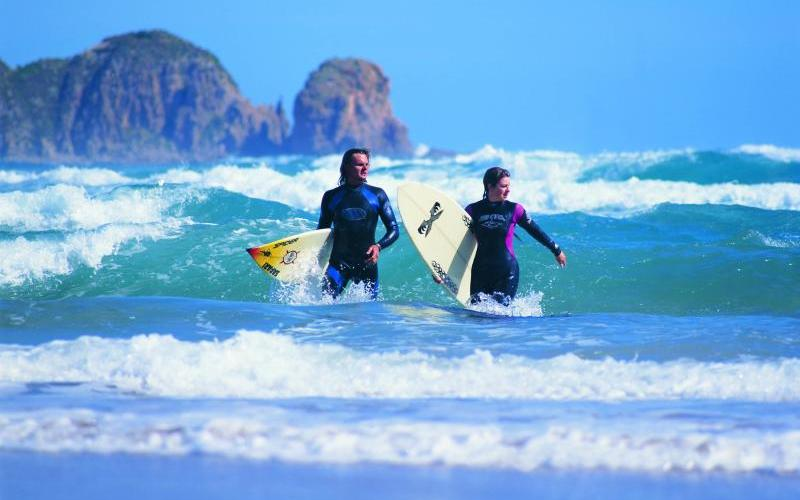 Phillip Island highlights - Surfing at Cape Woolamai
