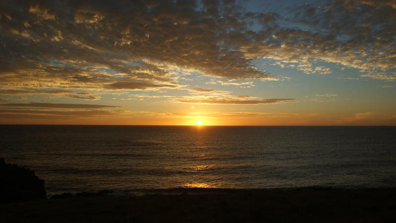 Phillip Island highlights - Sunset over the ocean, Pyramid Rock, Ventnor (photo by Michael Scott)